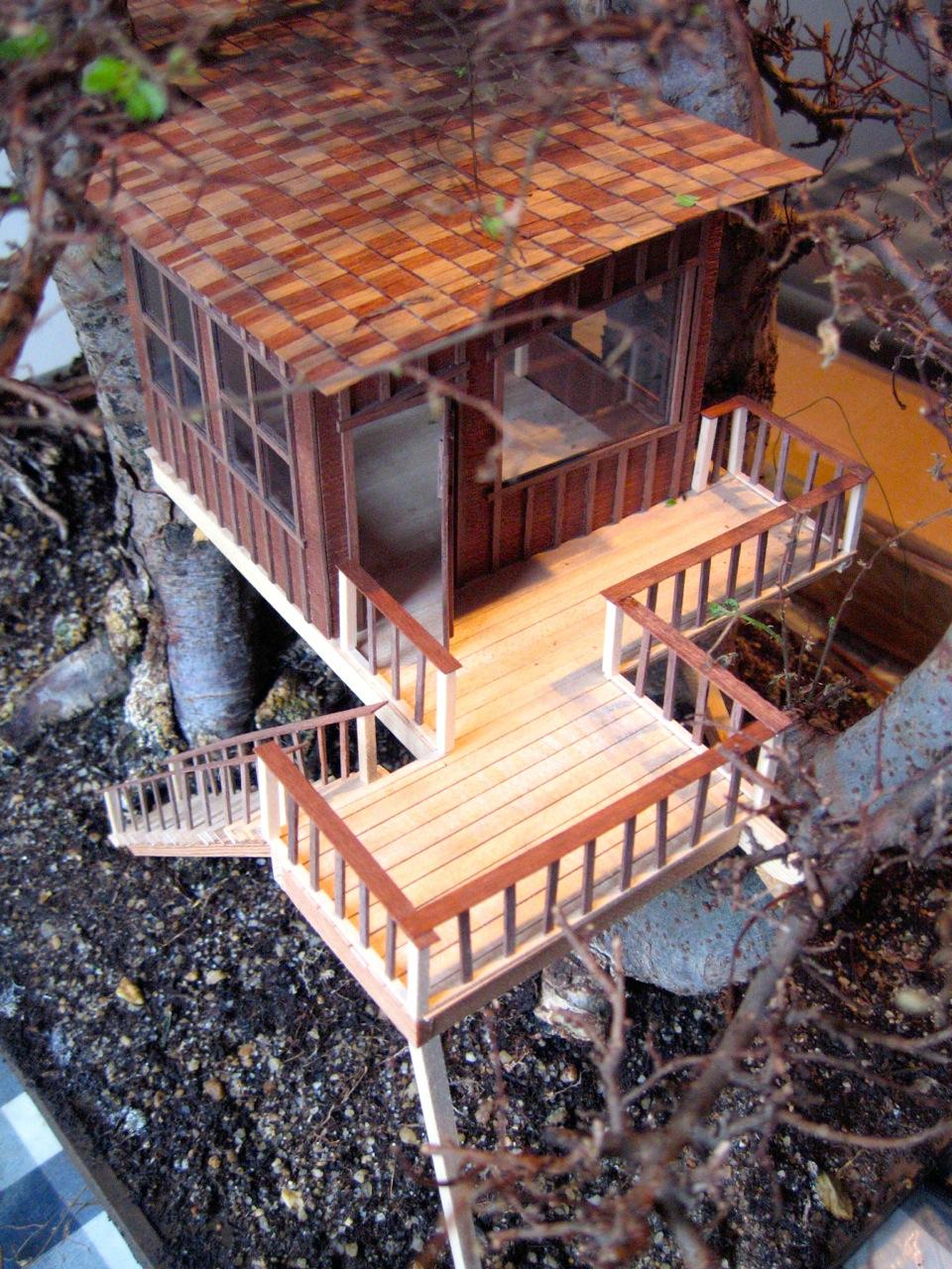 Dieses Baumhaus braucht nicht viel Platz
